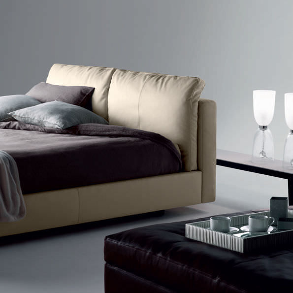 letto massimosistema bed poltrona frau r d arredamento design. Black Bedroom Furniture Sets. Home Design Ideas