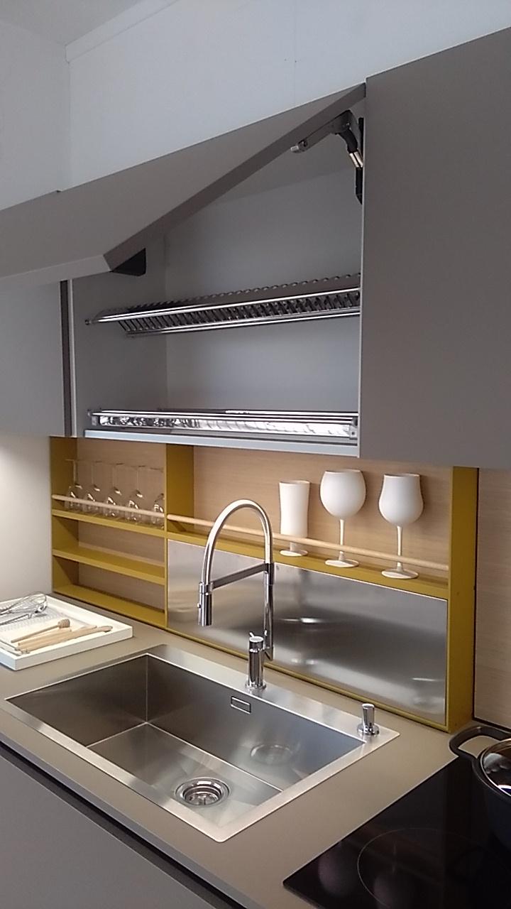Cucina Alea di Poliform Design Paolo Piva e CR&S Varenna ...