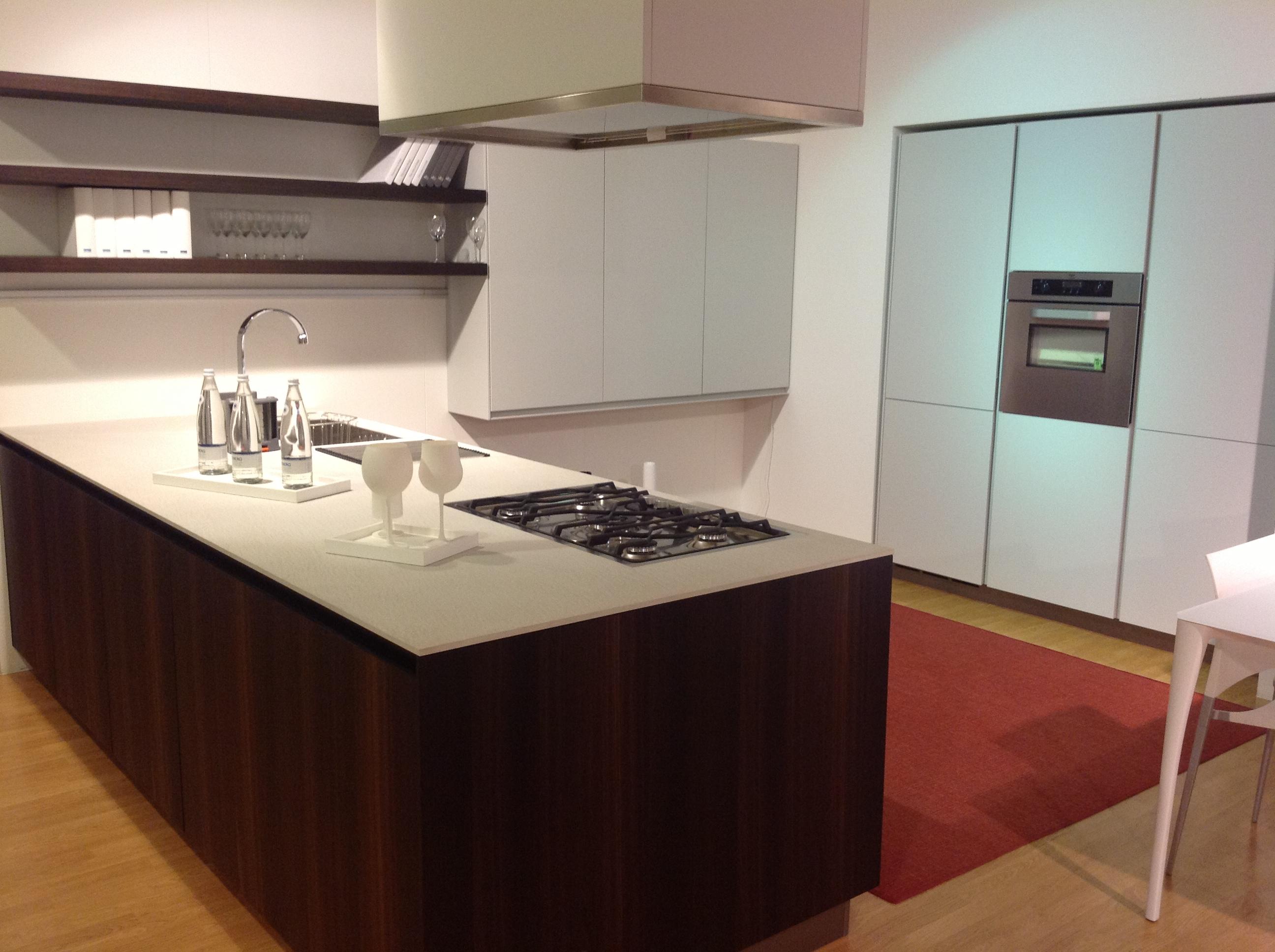 Cucina Twelve di Poliform Design Carlo Colombo & CR&S Varenna ...
