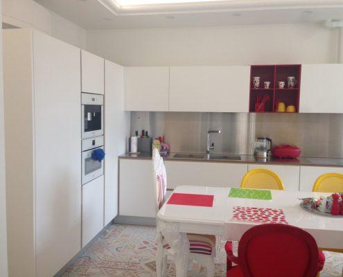 Arredatore interni zona giorno di un appartamento Mosca - cucine Varenna - Artex Design CR-S Varenna