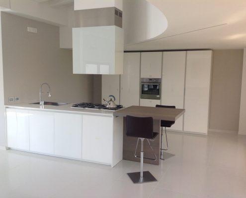 attico open space - zona living - cucina aspen di doimo
