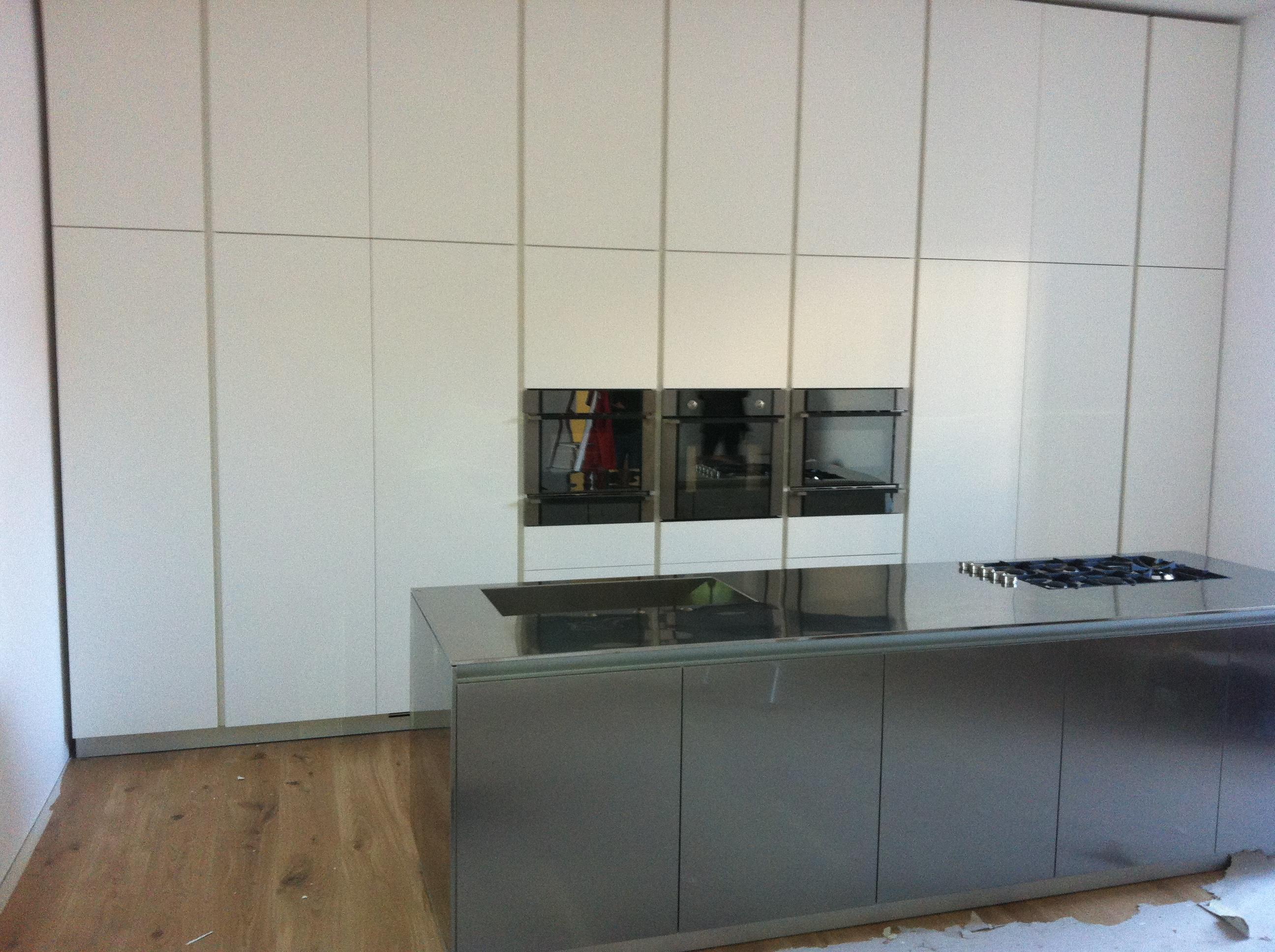 Cucine varenna cucina moderna cucine moderne arredamento - Cucine in linea moderne ...
