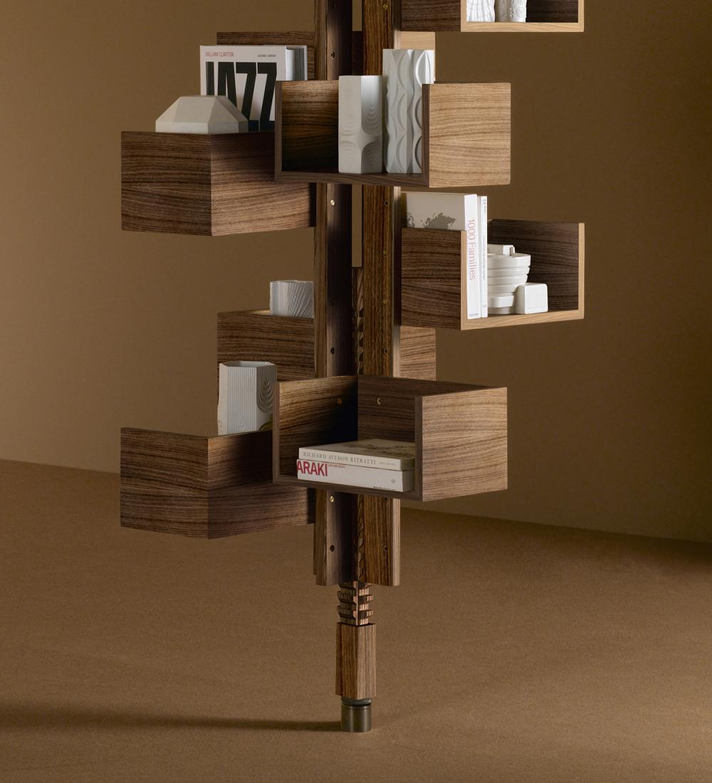 Libreria albero di poltrona design gianfranco frattini for Poltrona design