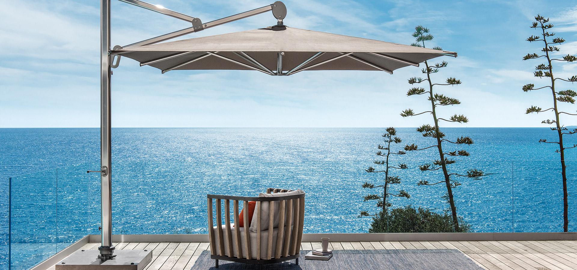 ombrellone collezione freedom di ethimo arredamento design. Black Bedroom Furniture Sets. Home Design Ideas