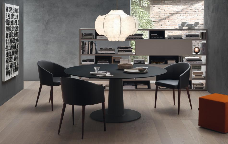 Tavolo moon vetro di jesse design enrico franzolini for Tavolo vetro opaco