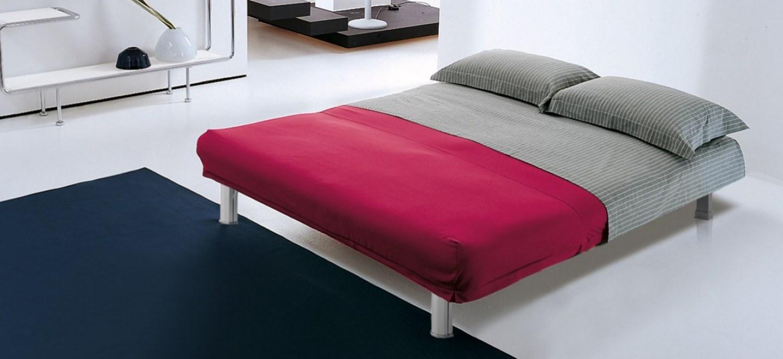 Divano e poltrona letto azzurro di bonaldo design crs - Divano letto azzurro ...