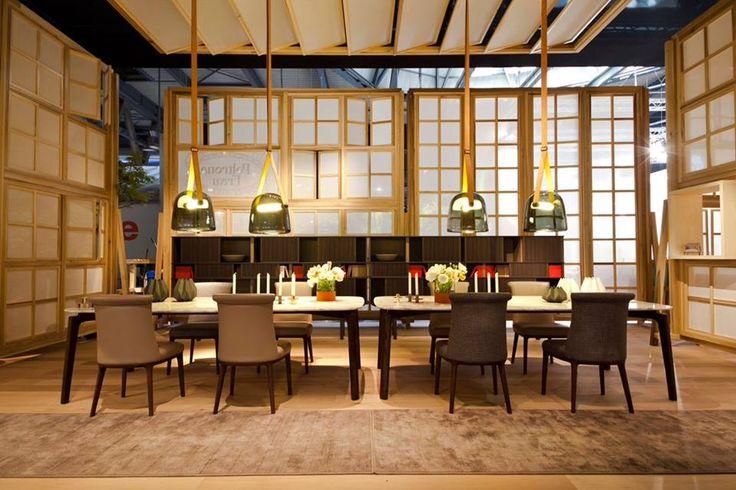 Tavolo nabucco di poltrona frau design roberto lazzeroni for Poltrone frau milano