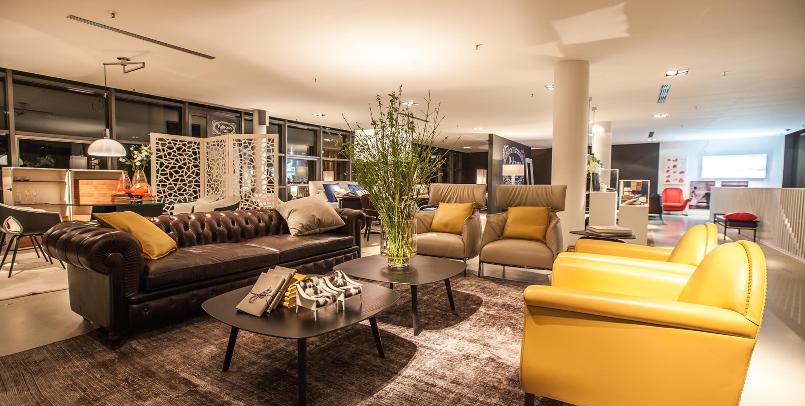 divano chester one di poltrona frau design renzo frau arredamento design. Black Bedroom Furniture Sets. Home Design Ideas