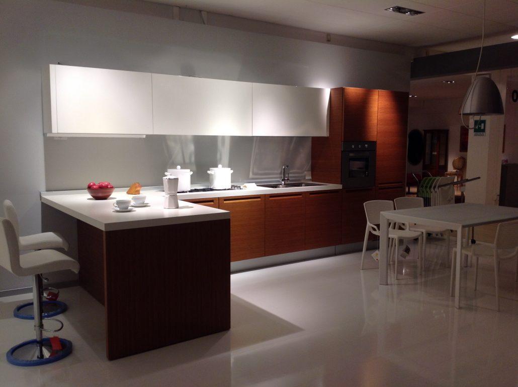 Cucina Minimal Varenna : Cucina minimal di poliform design cr s varenna