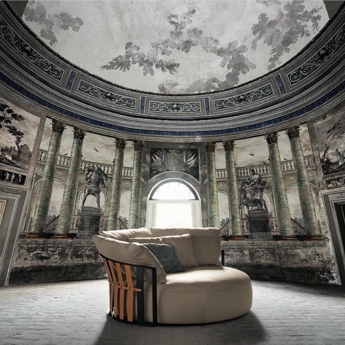 Divano scarlett di poltrona frau design jean marie massaud for Divano poltrona