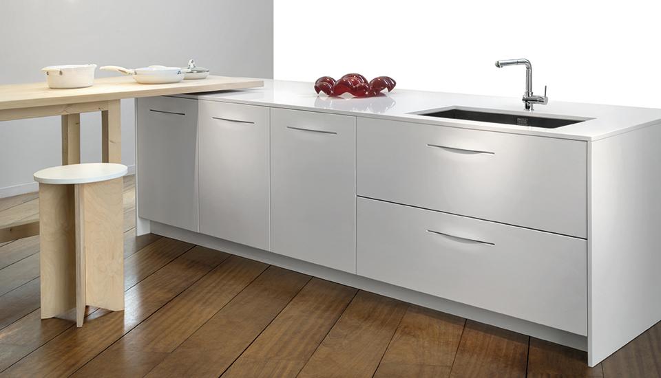 Cucina pampa di schiffini design alfredo haberli for Pezzi di arredamento