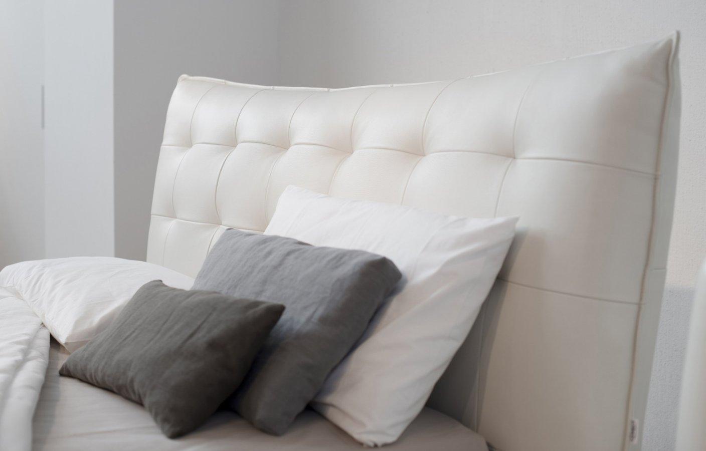 Letto mara di falegnameria1946 design falegnameria1946 arredamento design - Camere da letto in pelle ...