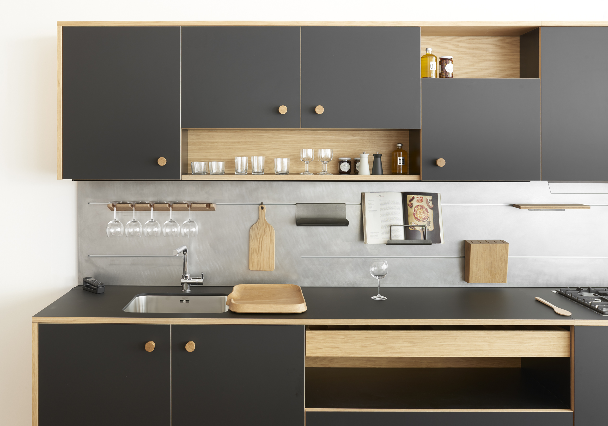 Cucina lepic di schiffini design jasper morrison for Muebles de cocina kitchen