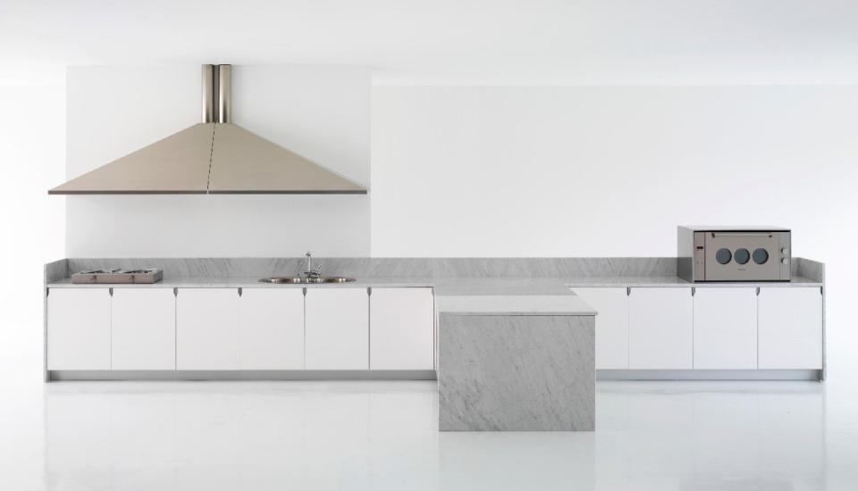 Cucina cina di schiffini design vico magistretti - Progetto casa fossato di vico ...