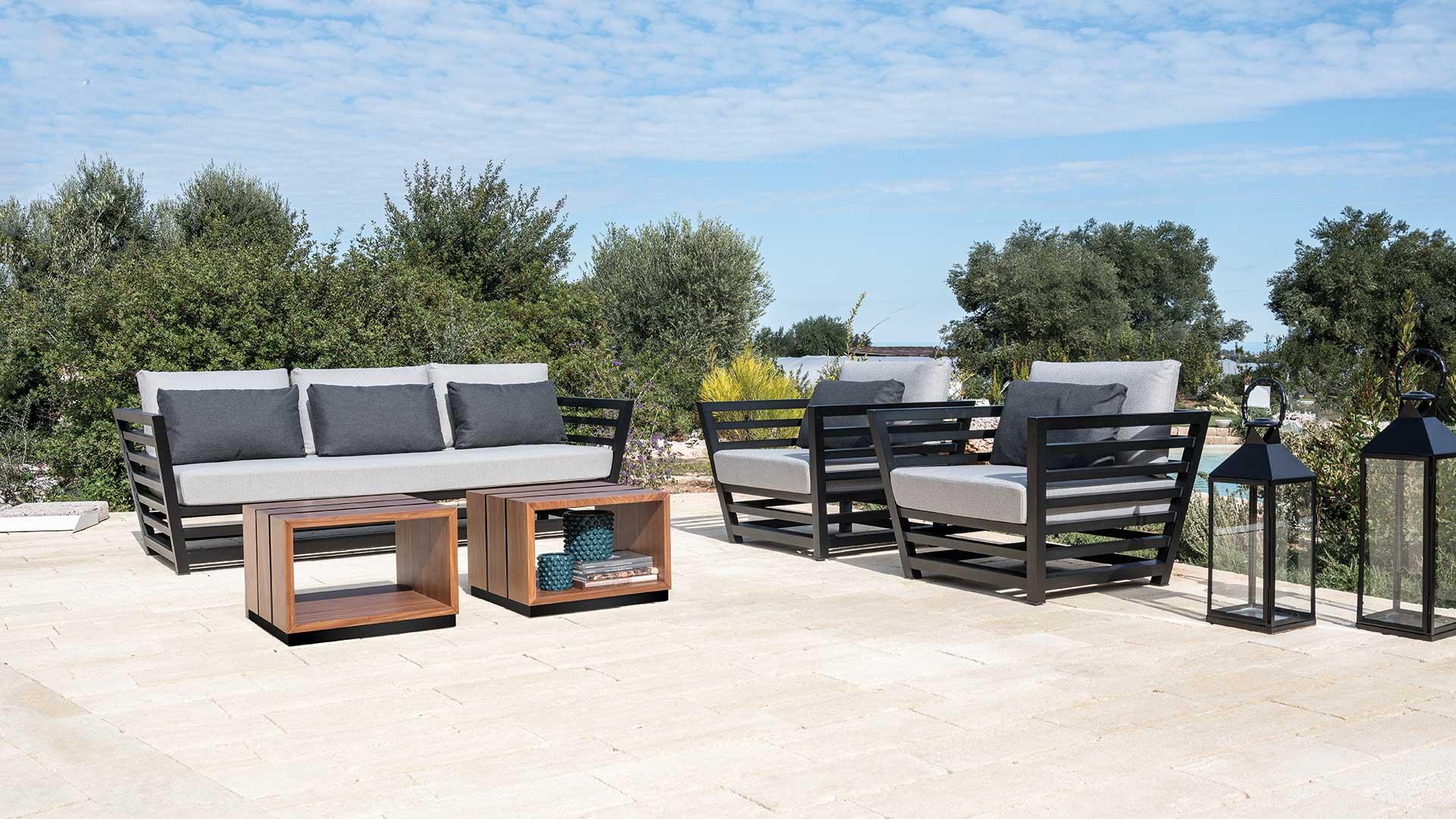 Arredo giardino moderno tendenze per l 39 arredamento esterno arredo in - Happy casa arredo giardino ...
