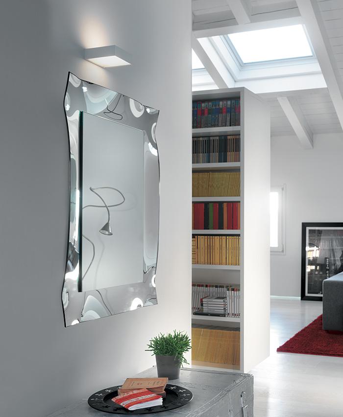 Specchio viva di riflessi by riflessi lab arredamento for Arredamento particolare